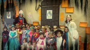 4A- Mª JOSÉ  LA REINA , ROSA LA CABALLERA TEMPLARIA Y LA CORTE DEL CASTILLO